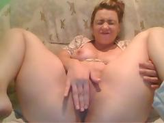 Horny pregnant redhead gets her pussy wrecked by an ohmibod