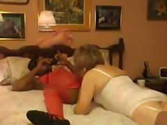Crossdresser bobbi carol with black gurlfriend tube porn video