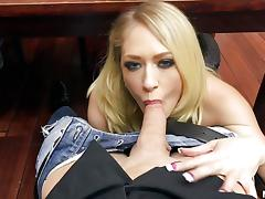 Spunk guzzling housewife Kagney Linn Karter blows dick under the table