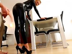 MILF in black latex - Extreme ANAL and facial porn tube video
