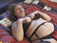 Fat ass matured granny juicy pussy being licked superbly