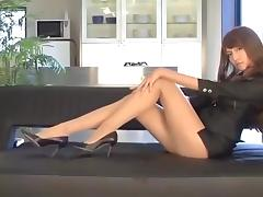 Japanese legshow in nude pantyhose