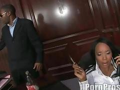 Bootylicious ebony slag enjoys having her tight asshole destroyed porn tube video