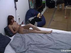 Hot brunette playing with herself on the bed porn tube video