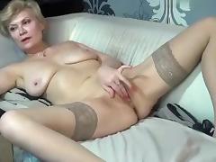 kinky_momy secret clip on 07/06/15 16:16 from MyFreecams