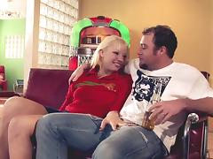 Randy hunk cannot resist a cute blonde's nice body tube porn video