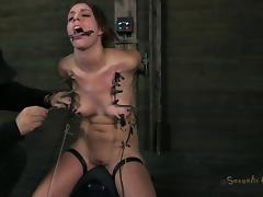 Alluring chick wants to feel pain which makes her pussy moist