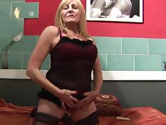 Mature Euro chick with chubby curves masturbating like never before porn tube video