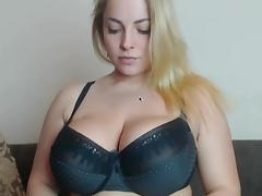 Big boops gir with lingerie