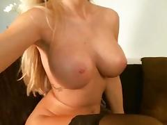 Sexy Blonde Toys & Spanks Herself On Cam
