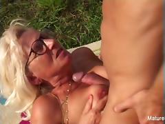 Blonde grandma gets some cum on her glasses porn tube video