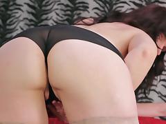 Nice ass mature diva stripteasing then fingering pussy porn tube video