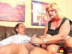 Monster Titten porn tube video