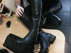 Free Boots Porn Tube Videos