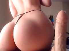 Beauty With Great Ass Rides Dildo porn tube video