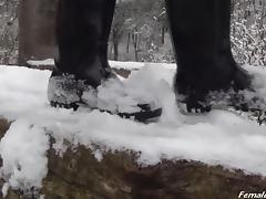 Boot Service in Winter porn tube video
