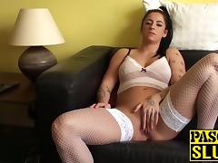 Sexy Kimmie Foxx playing with a toy and rubbing herself porn tube video
