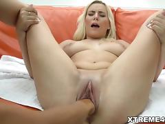 Fisting lesbians Adela and Lucy Shine