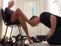 Personal shoecleaner 2 porn tube video