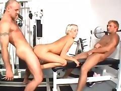 SR in a MMF Threesome porn tube video