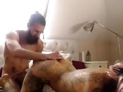 Hot tattooed bitch takes it in the pooper porn tube video