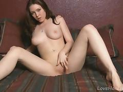 Brunette that would make any guy horny