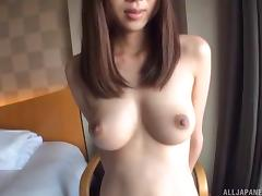Solo model stripping off her attire showcasing her pussy porn tube video