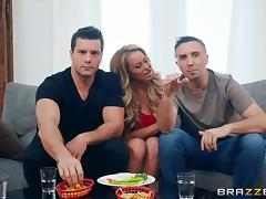 Corinna Blake seduces a couple of guys for a great threesome game