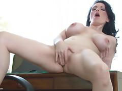 Amateur mature bigtit mom hungry fuck fuck porn tube video
