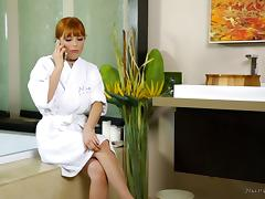 Penny Pax knows how to seduce a man with her hot body