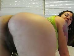 Brunette chubby with hairy ass and pussy for webcam friends