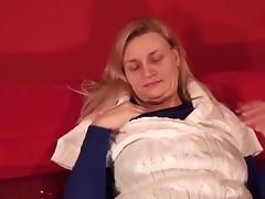 Older naughtiness knows how to make her mature pussy dripping wet