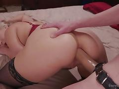 hot lesbians use strap on to have dirty sex
