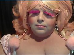 Bbw sissy - sucking dildo on cam porn tube video