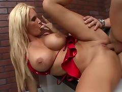 Sexy Rhyse Is A Best of Breed Cougar! porn tube video