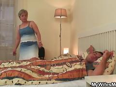 Wifes old mother jumps on my cock! porn tube video