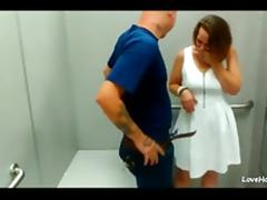 Hot amateur couple having doggystyle quickie in the changing room