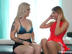 Hot face-sitting and a lustful threesome with ravishing Olivia Aut
