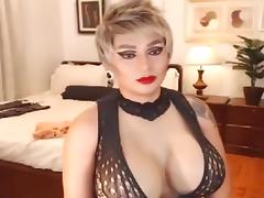Gorgeous blonde with perfevt tits