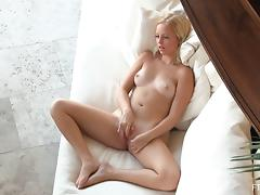 Pale blonde Megan knows how to make her pussy wet porn tube video