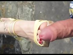 Shoejob Cum on Shoes Feet Outdoor porn tube video