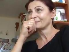 Amateur mature on the table porn tube video