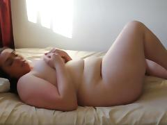 Cute girl mastrubates and play with belly porn tube video