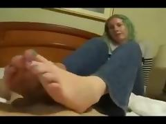 Amateur  footjob 2 porn tube video
