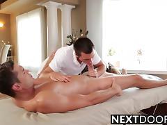 Hot brunette Wolfie Blue and Luke Milan massage session