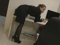 Secretary comes for sex porn tube video