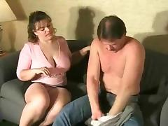 Zia Roberta bella in carne con piedi da sborra porn tube video