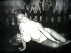 A1NYC Greatly equipped babe from 1930 decade tube porn video