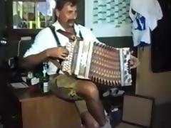 Kinky bavarians pissing  shaving  squirting porn tube video