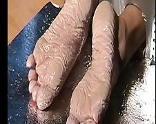 Bianca's wet feet...100 hours wet